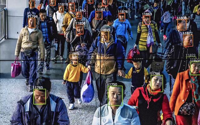 Skynet của Trung Quốc: nhận diện được cả mặt người đã đeo khẩu trang, độ chính xác 90%